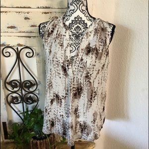 Mercer and Madison sleeveless blouse